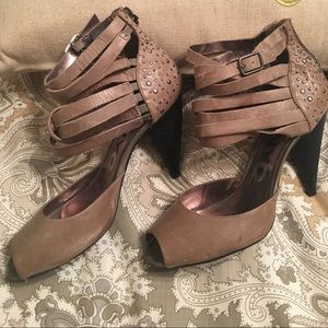 DKNY GENUINE LEATHER SANDALS